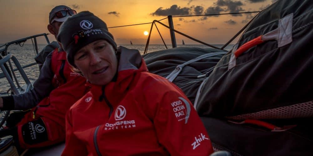 Hollen en stilstaan voor Volvo Ocean Race-vloot in eerste etappe